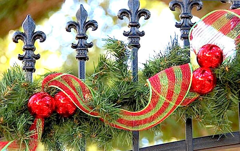 http://balconygardenweb.com/wp-content/uploads/2015/12/garden-christmas-decoration-2_mini.jpg